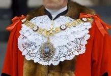 δήμαρχος, 47 λεπτά, Κορνουάλη,