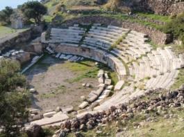 Μήλος, ρωμαικό θέατρο,